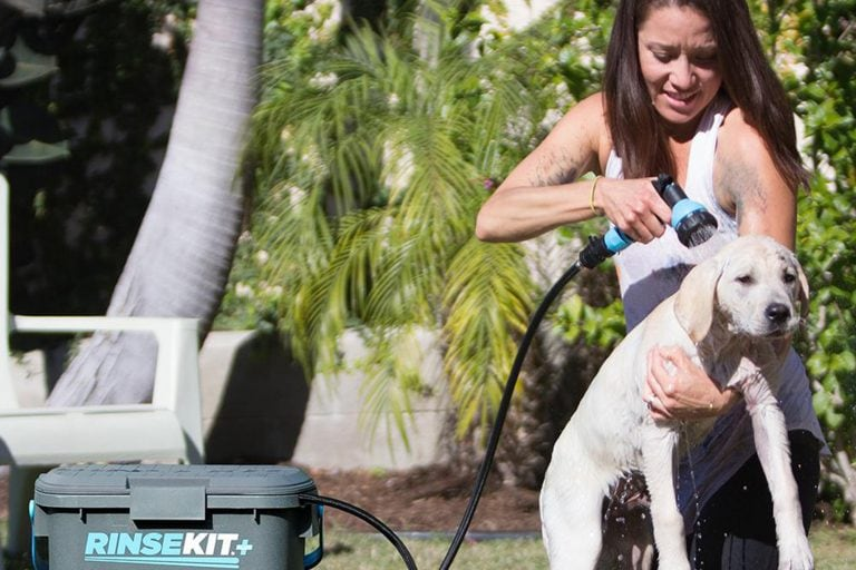 Bathe Your Pet With RinseKit