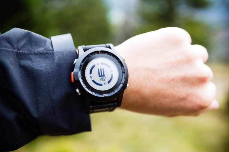 Smartwatch Compass